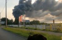 Pożar na Oruni. Palą się magazyny przy Trakcie św. Wojciecha