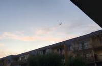 Samoloty podchodzą do lądowania nad Chełmem