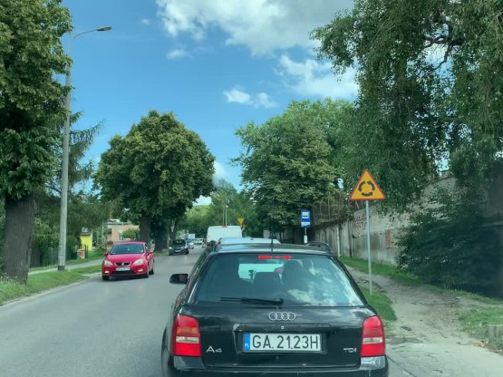 Korek na wszystkich dojazdach w kierunku lotniska w Gdyni