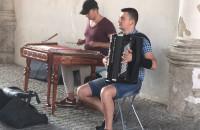 Przeboje Metalliki na cymbałach i akordeonie