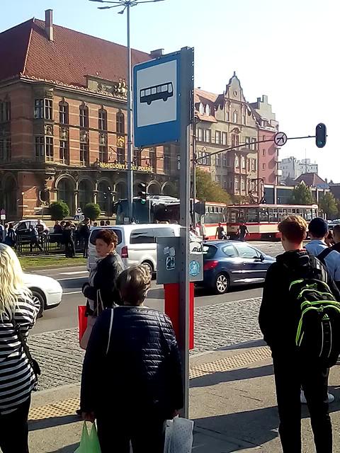 Tramwaj zderzył się z autobusem przy Bramie Wyżynnej