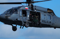 Śmigłowiec Blackhawk latał nad gdyńskim portem