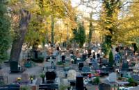 Jesień na Cmentarzu Garnizonowym w Gdańsku