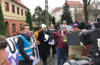 Przemówienie na manifestacji pod kuria w Gdańsku