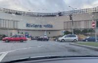 Wielu kupujących w centrum handlowym Riviera w Gdyni
