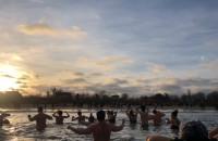 Noworoczne morsowanie Jelitkowo - widok z wody