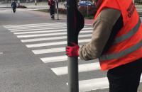 Oklejanie przycisków sygnalizacji w Gdyni