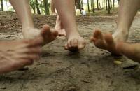 Boso przez las, czyli Marsz Neandertala