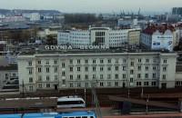 Gdynia - poranne godziny szczytu w trakcie epidemii