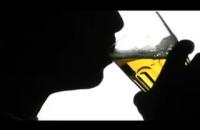 Jak łatwo nastolatkowu kupić alkohol w Polsce