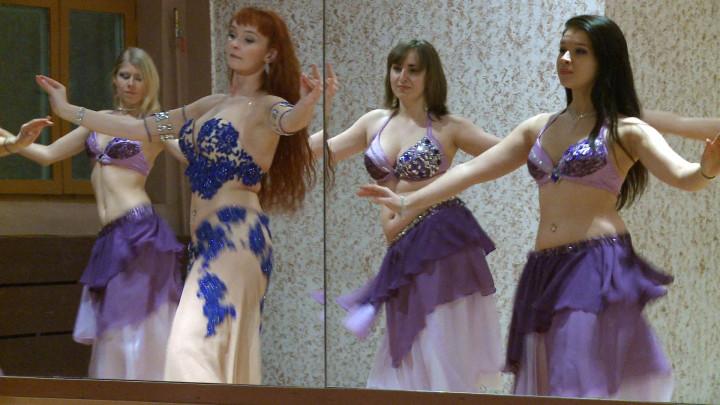 Nie lubisz tańczyć wparze, może zainteresuje cię taniec orientalny?