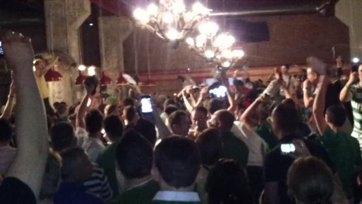 Irlandczycy podczas koncertu