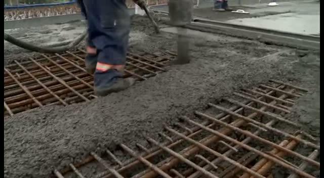 Zobacz kronikę budowy Trasy Sucharskiego zpołowy 2012 r.