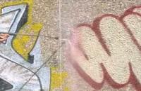 Usuwanie graffiti ze ścian przy pomocy chemii