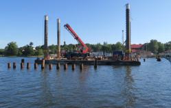 Most w Sobieszewie wychodzi z wody