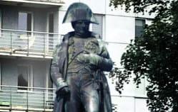 Czy Napoleon zasłużył na pomnik?