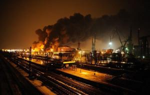 Reakcja chemiczna żywicy prawdopodobną przyczyną pożaru stoczni Sunreef Yachts
