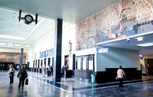 Dworzec w Gdyni zapełniony, ale tylko na papierze