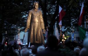 Jak postawić w Gdańsku pomnik?