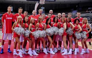 Gortat zaprosił Cheerleaders Flex