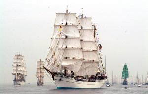 Chorzowscy pseudokibice pobili meksykańskich żeglarzy w Gdyni