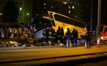 Wypadki, kolizja i autokar w wykopie drogowym