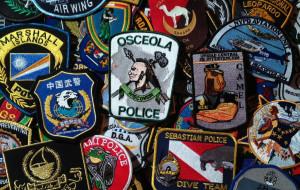 Zebrał 5 tys. naszywek Policji i Straży Miejskiej
