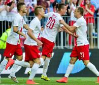 Piłkarze zadowoleni po meczu z Litwą