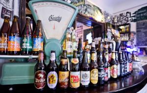 Piwo rzemieślnicze: z czym to się (pi)je?