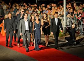 Gwiazdy i moda. Kreacje na gali kończącej festiwal w Gdyni