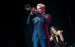 Chris Botti zagra z sopockimi filharmonikami