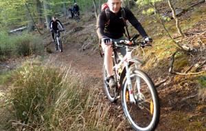 Zakamarki Lasów Otomińskich na rowerze