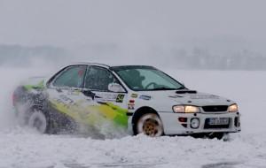 Moto-poradnik: jazda po śniegu i lodzie