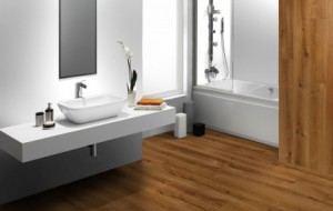Drewno w łazience. Trwałe czy tylko ładne?