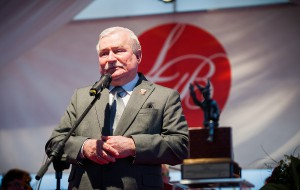 Wałęsa rezygnuje z debaty i chce oskarżyć IPN