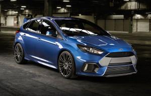 Ford Focus RS: nadjeżdża drogowy łobuz