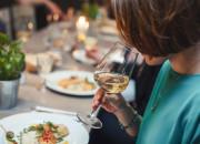 Włoskie, białe i wytrawne - wina, które degustowano w Cozzi