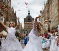 Procesje Bożego Ciała w całym Trójmieście i polonez katolików w Gdańsku