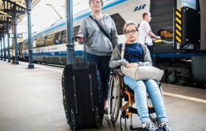 Pociąg odjechał bez pasażerek. Zepsuł się wysięgnik do wózka inwalidzkiego
