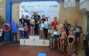 Pływanie rodzinne i korespondencyjne mistrzostwa w Sopocie