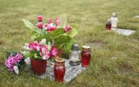 Znicze także na cmentarzu dla zwierząt