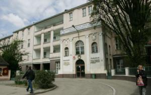 GUMed chce sprzedać budynek szpitala na Klinicznej