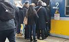 Duży ścisk w pociągach SKM