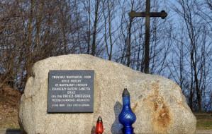 Upamiętnią Józefa Unruga na cmentarzu w Oksywiu