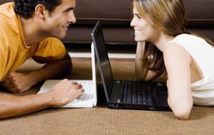 Randkowanie w sieci - zabawa czy szansa na związek?