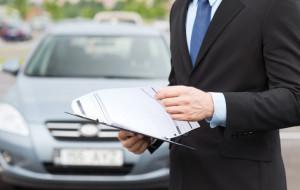 Gdyński prawnik kontra policja. Kupiony samochód trzeba przerejestrować?