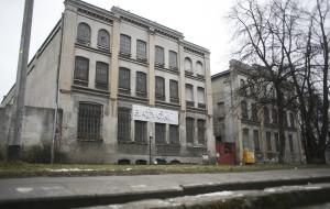 """Budynek """"Fabryka Batycki"""": dziś w ruinie, w przyszłości lofty"""