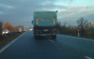 Ministerstwo chce zakazu wyprzedzania przez ciężarówki na autostradzie