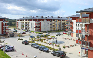 Dom Development kupuje Euro Styl