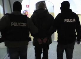 Policjant po służbie zatrzymał parę rabusiów
